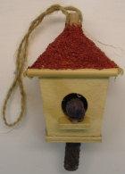 Vogelhaus, 8,5cm hoch, 4,5cm breit