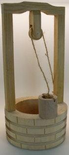 79820 - Ziehbrunnen aus Holz, 25cm hoch
